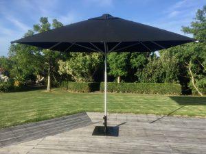 Large Umbrellas | Cantilevered Umbrellas | Outdoor Shades
